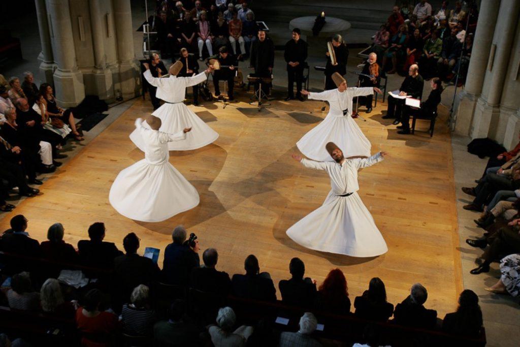 Eröffnungskonzert mit dem Ensemble Sarband und den Derwischen vom Goldenen Horn